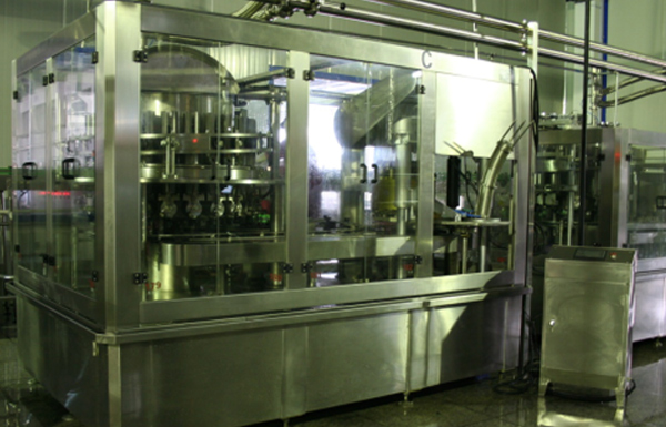 DGJ3608 Strong Sauce Filling and Sealing Machine